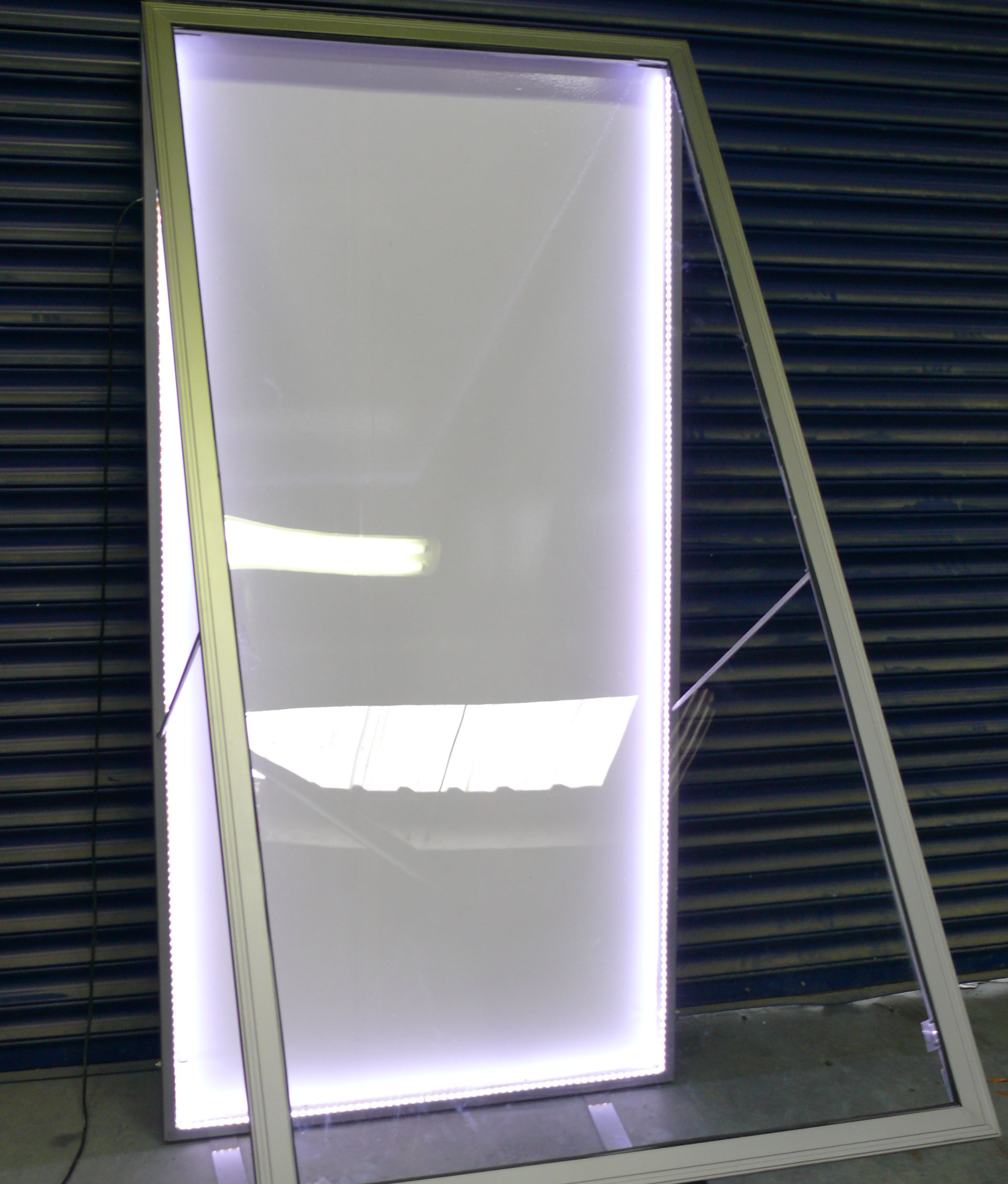 Illuminated Poster Cases And Non Standard Snap Frames